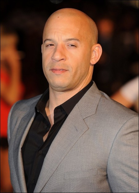 Vin Diesel In Suit Grey Fashion