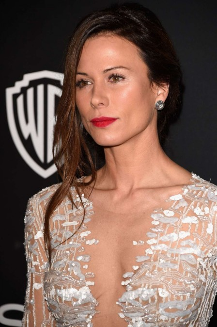 Rhona Mitra Instyle And Warner Bros Golden Globes Party Hot